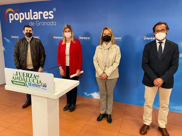 De izquierda a derecha, Rafael Caracuel, Inmaculada Hernández, Luisa García Chamorro y Antonio Granados.