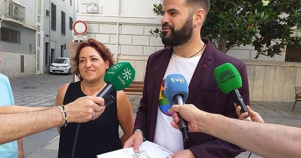 Chus Fernández y Mª Carmen Pérez.