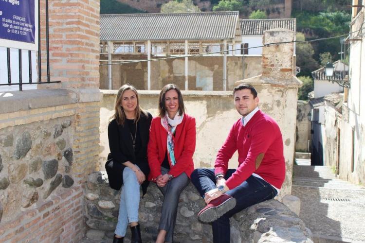 Rocío Díaz con Marifrán Carazo y Rafael Caracuel.