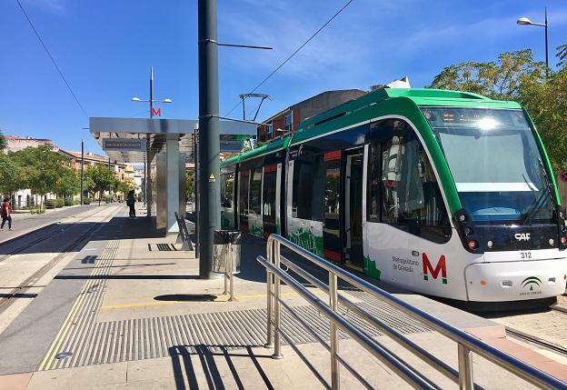 Parada del Metro en Armilla.