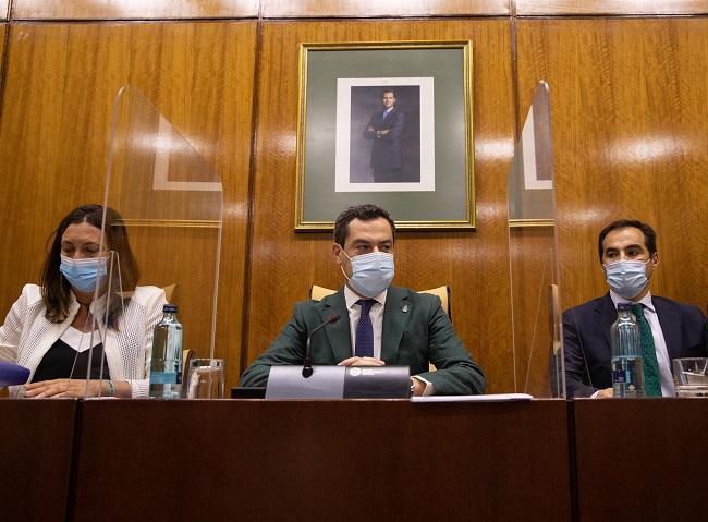 Juan Manuel Moreno en el Parlamento.