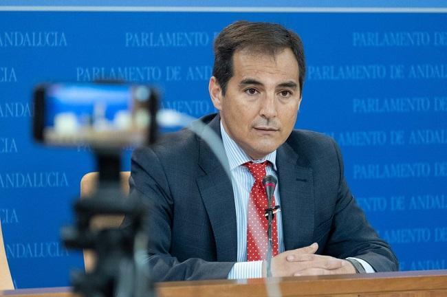 José Antonio Nieto.