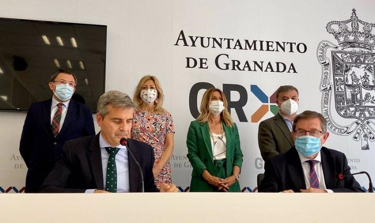El grupo municipal del PP en el Ayuntamiento de Granada en rueda de prensa.