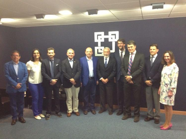 Gómez-Pomar en la reunión con los empresarios y candidatos del PP.