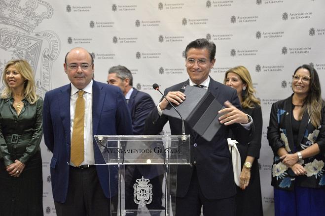 Luis Salvador y Sebastián Pérez, este jueves.