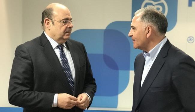 Sebastián Pérez y Santiago Pérez.