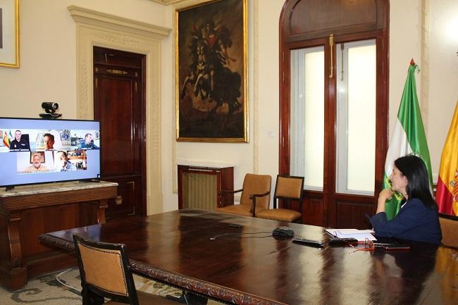 La subdelegada del Gobierno durante la reunión del del Comité de Coordinación de Seguridad.