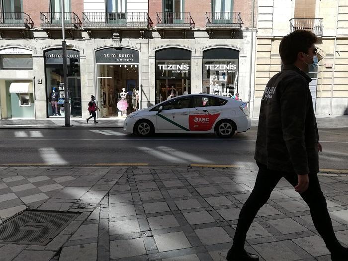 La nueva ordenanza del taxi encalla por la manera de proceder del bipartito.