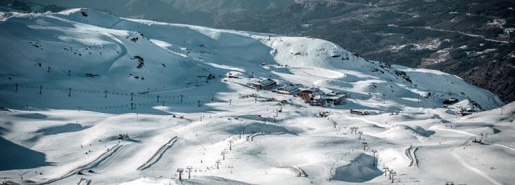 Vista de la estación de esquí de Sierra Nevada.