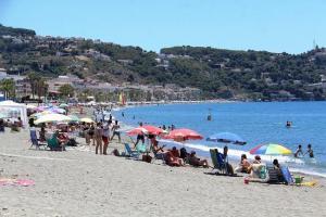 Playa de La Herradura.