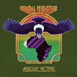 Portada de 'Afrique Victime', de Mdou Moctar.