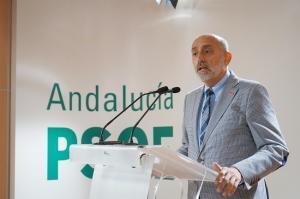 Luis Ángel Hierro.