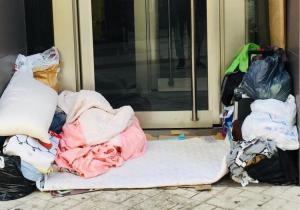 Refugio de un persona sin hogar.