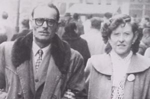 Rosario y su hermano Federico, en Francia, donde él estuvo exiliado.