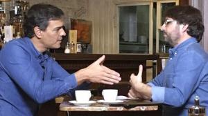 Pedro Sánchez con Jordi Évole.