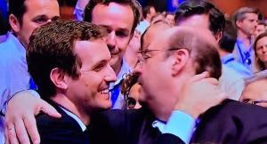 Pérez saluda a Casado, en el último congreso nacional del PP.
