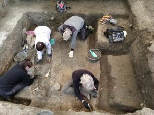 Imagen de las excavaciones en Víznar, con los primeros restos localizados.
