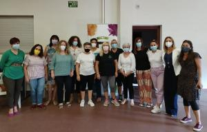 Un grupo de mujeres participantes en el proyecto.