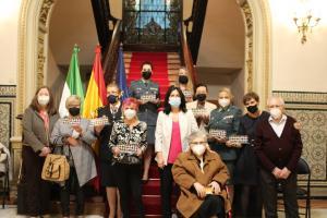 Foto de familia tras el acto en la Subdelegación del Gobierno.
