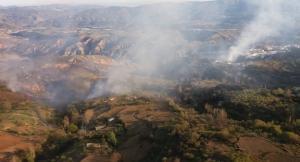 Focos del incendio en Alpujarra de la Sierra.