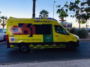 Imagen de archivo de una ambulancia de emergencias.