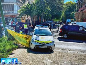 Intervención de la Policía Local en el lugar del accidente.