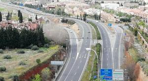 Vista de la autovía sin tráfico durante el confinamiento.