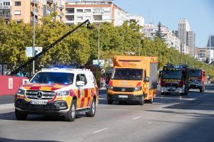 Paso de los representantes de Bomberos, 112 y Protección Civil en el Desfile de las Fuerzas Armadas de este 12 de octubre.