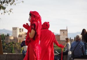 Un momento de la perfomance en la plaza de San Nicolás.