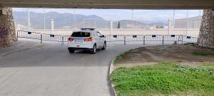 Salobreña ha cerrado tres accesos para canalizar el tráfico por el Sur y facilitar su control.