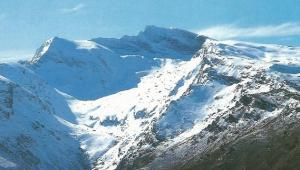 Corral del Veleta y valle del Guarnón.