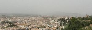 La 'boina' de contaminación sobre Granada.