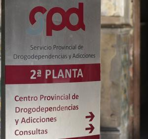 Señalización del Centro Provincial de Drogodependencias.