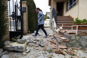 Daños causados en Atarfe por uno de los terremotos de enero.