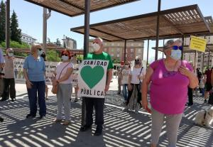 Detalle de la concentración desarrollada este sábado en defensa de la sanidad pública.