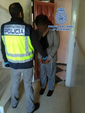 Una de las personas detenidas por explotación sexual.