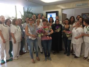 Madres donantes y profesionales del Virgen de las Nieves, en la jornada de hoy.