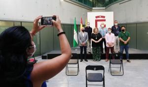 Representantes de los municipios lorquianos con la diputada de Cultura y Memoria Democrática.