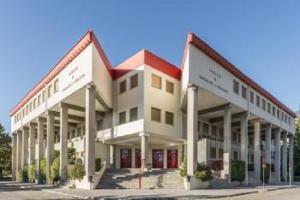 Los cursos se imparten en la Facultad de Educación.