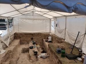 Imagen de los trabajos en la fosa del cementerio de Padul difundida por el Ayuntamiento.