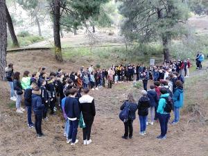 Los estudiantes en su visita al Barranco de Víznar.