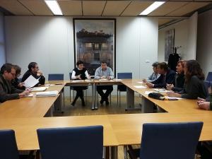 Reunión de la delegada de Fomento y Vivienda con los grupos políticos municipales.
