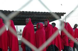 Personas inmigrantes llegadas a Motril en noviembre del pasado año.