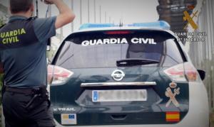 Vehículo de la Guardia Civil en un control.