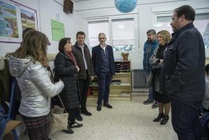 Visita de autoridades de la Junta al colegio Los Llanos.