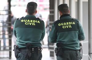 La Guardia Civil encontró hasta 17 armas en el domicilio.