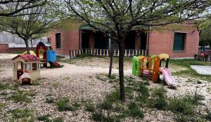 Jardín de una escuela infantil.