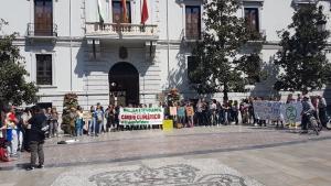 Concentración frente al Ayuntamiento.