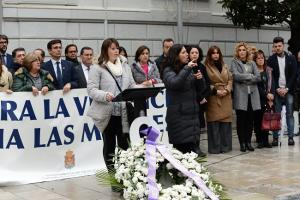 La madre de Mar Contreras Chambó, la joven asesinada el pasado mayo en Las Gabias, ha leído el manifiesto.
