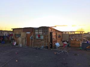 Chabolas construidas en La Nocla, donde viven en extrema pobreza dos familias.